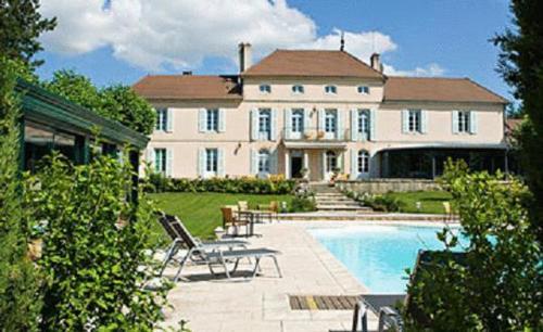 Chateau Du Mont Joly
