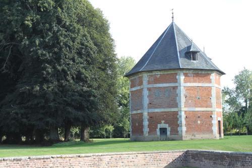 chateau de saint maclou la campagne saint maclou haute normandie best places to stay. Black Bedroom Furniture Sets. Home Design Ideas