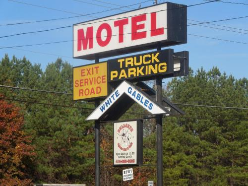 White Gables Motel