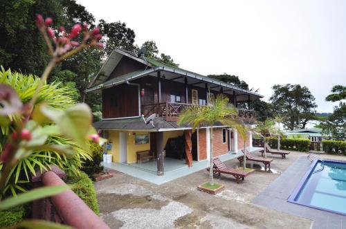 Endau Beach Resort Endau Johor RentByOwnercom Rentals and