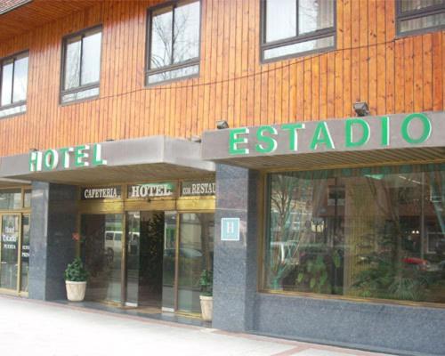 Hotel Estadio 19