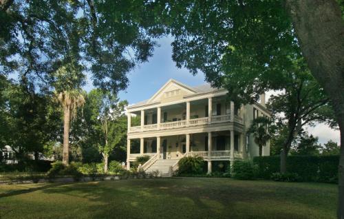 Noble Inns, San Antonio - Promo Code Details