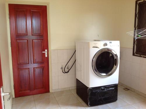 Arcton Apartment, Paramaribo