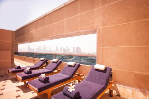 Mövenpick Apartments Bur Dubai photo 14