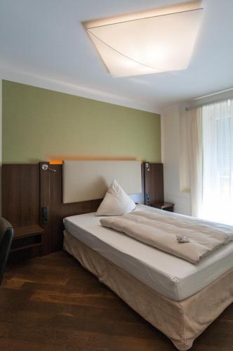 hotel hotel deutsche eiche munich bavaria germany online reservation tripvizor. Black Bedroom Furniture Sets. Home Design Ideas