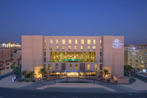 Stay at Doubletree By Hilton Doha - Al Sadd