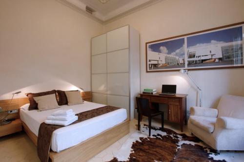 Two-Bedroom Suite with Balcony Ca La Maria Boutique B&B 6