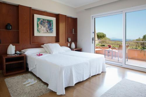 Superior Double Room with Garden or Pool View - single occupancy Hotel Sa Punta 7