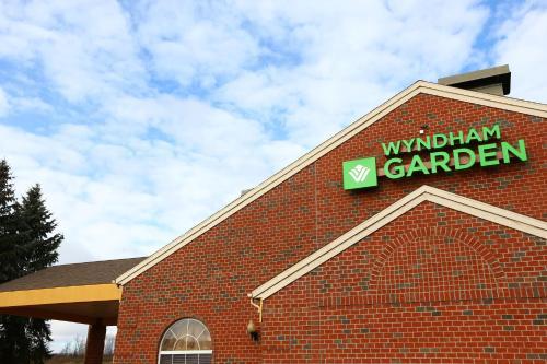 Wyndham Garden Grand Rapids Airport MI, 49512