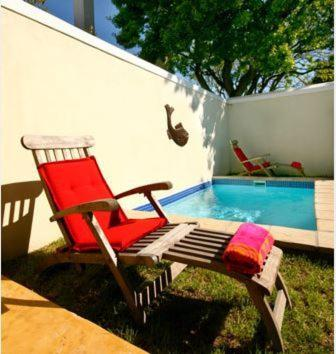 Schwimmbad Cabriere Cottage