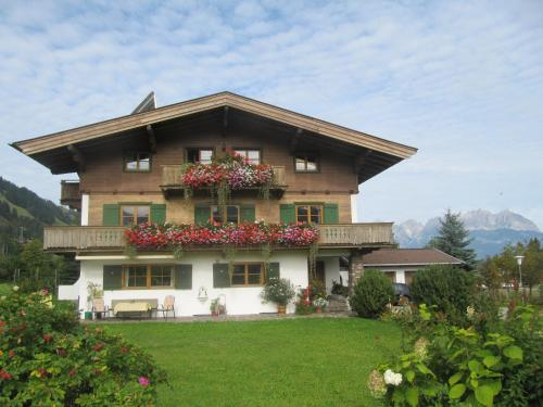 Haus Friedl (Bed and Breakfast)