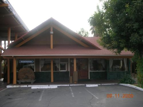 Picture of Parkside Inn Fresno