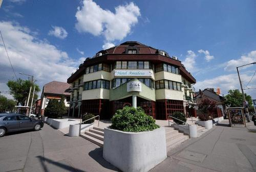 Stay at Hotel Amadeus