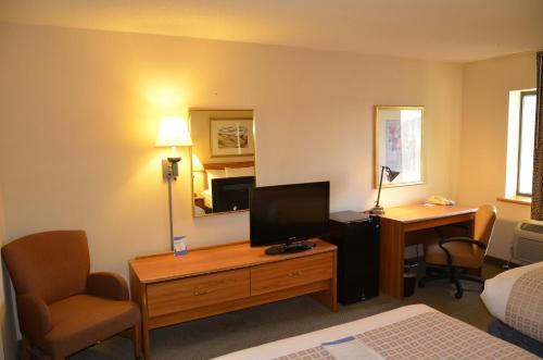 Baymont Inn And Suites Davenport