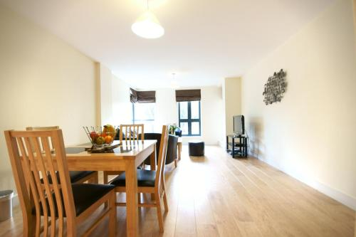 Stay at Lodge Drive Serviced Apartments
