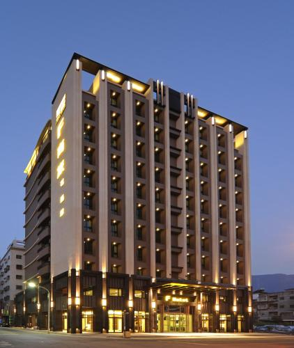 F Hotel - Hualien front view