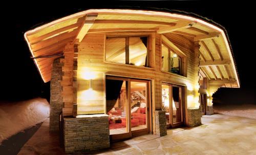 Отель Chalet du Chef Ski et Golf
