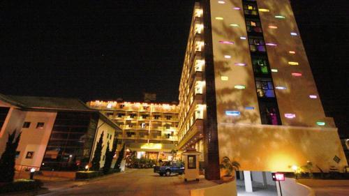 J.A.Villa Pattaya Hotel front view