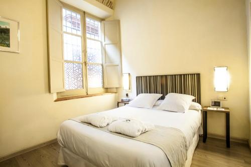 Economy Double Room - single occupancy Hotel Boutique Casas de Santa Cruz 10
