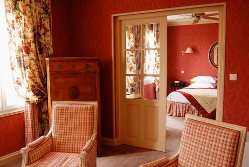 Hôtel L\'Yeuse - Chateaux et Hotels Collection, Châteaubernard HOTEL ...