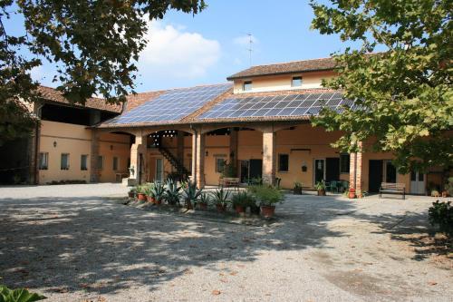 foto Cascina Santa Maria (Mairago)