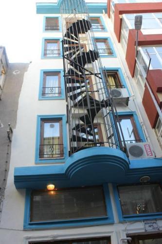 Mavi Hostel