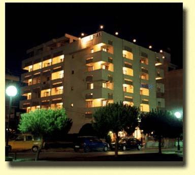 хотел в близост