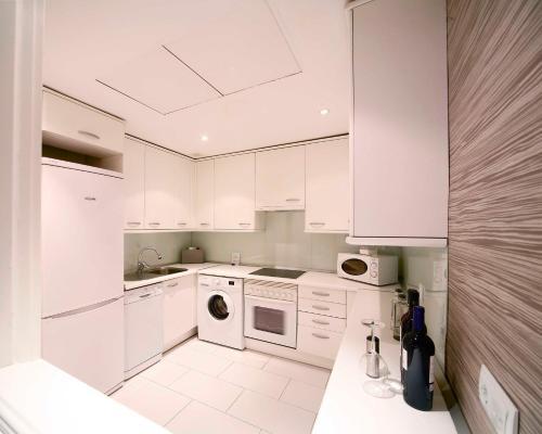 Luxury Suites photo 12