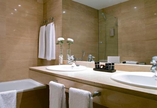 Luxury Suites photo 28