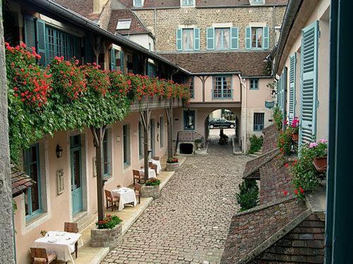 Hostellerie de la Poste - Châteaux et Hôtels Collection