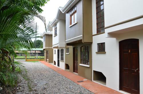 Apartamentos Herrera front view