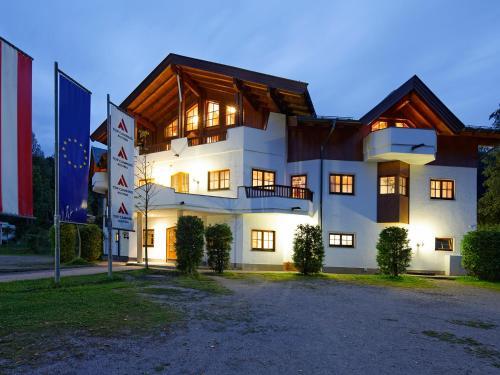 Tirol-Camp-Appartements/Zimmer - Maisonette-Apartment mit Balkon (2-4 Personen)