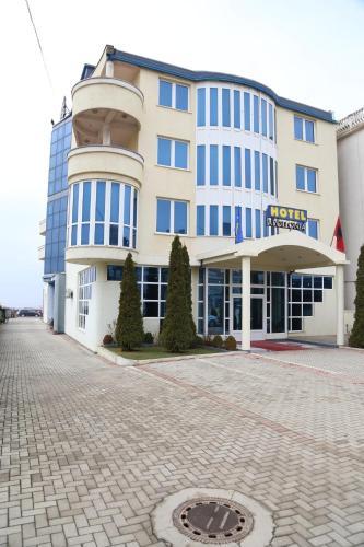 Hotel Apollonia, Prisztina
