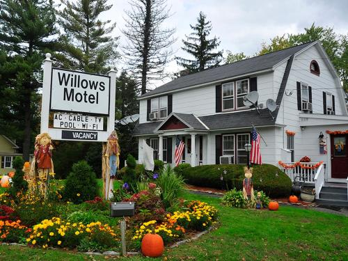 The Willows Motel Williamstown Ma
