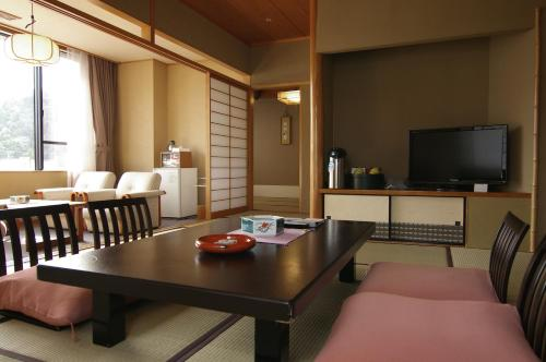 Japanese-Style Room - Main Building