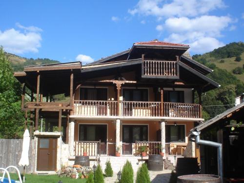 Kushtata - Guest House