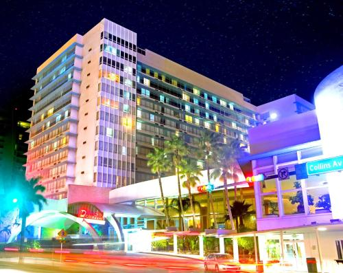 Deauville Beach Resort In Miami Beach Ab 99 Trabber Hotels