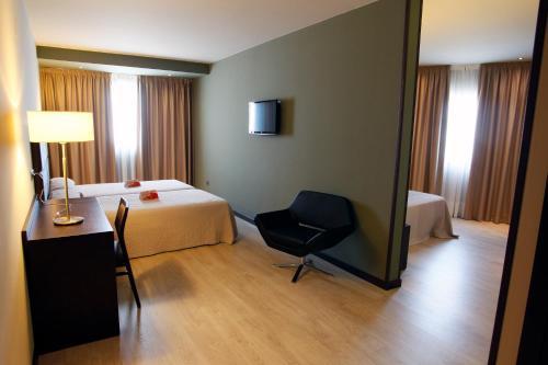 Habitación Familiar - No reembolsable Hotel Torre de Núñez 1