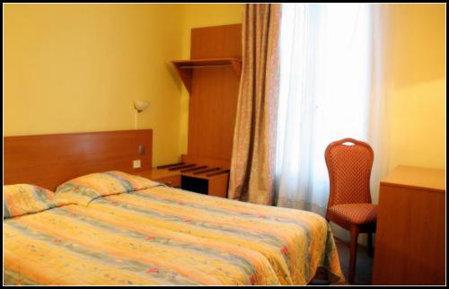 Pax Hotel Paris 18e