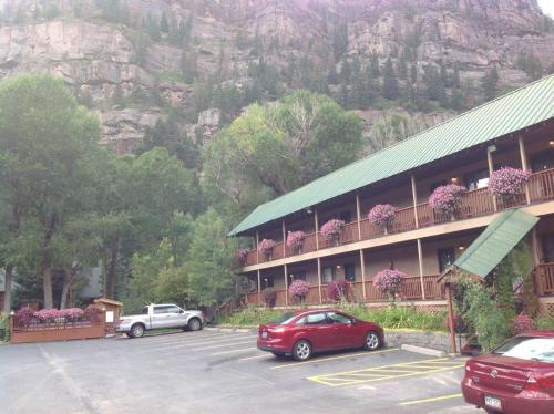 Picture of Rivers Edge Motel Lodge & Resort