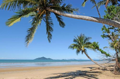 Picture of Dunk Island View Caravan Park
