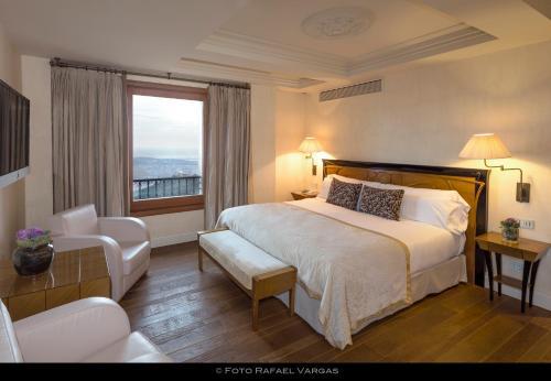 Habitación Doble Deluxe con vistas a la ciudad - 1 o 2 camas Gran Hotel La Florida 4