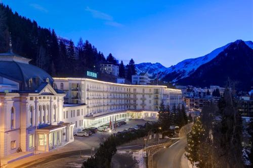 Отель Steigenberger Grandhotel Belvedere 5 звёзд Швейцария