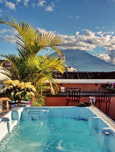 D`Leyenda Hotel front view