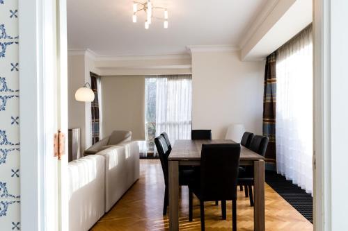 Ferme Rose Halldis Apartment