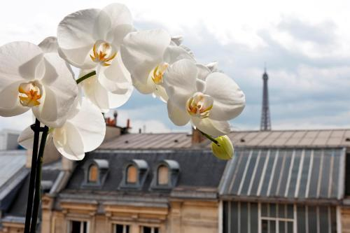 La Tremoille Paris, Париж
