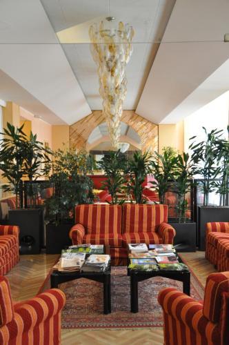 Отель Hotel Lloyd 4 звезды Италия