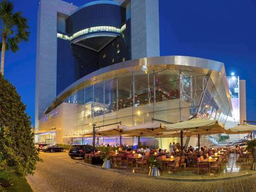 Stay at La Cigale Hotel Managed by Accor
