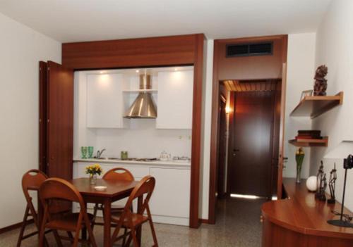 Отель Apartments Rho Fiera 0 звёзд Италия