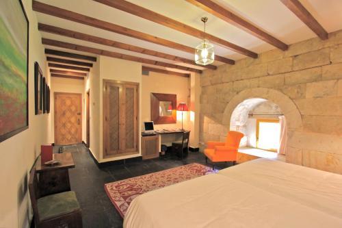 Habitación Doble Estándar - 1 o 2 camas - Uso individual Posada Real Castillo del Buen Amor 5